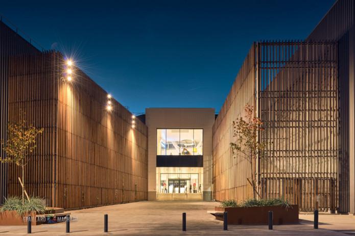 """Centre commercial """"Les Saisons de Meaux"""" à Meaux""""_SNC Lavalin_Arte Charpentier architectes_Brezillon"""